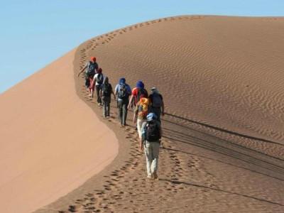 Passi nel silenzio. In cammino nei deserti di Marocco e Tunisia (2010-2012)